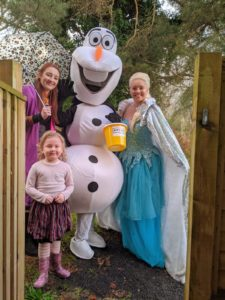 Frozen characters bring festive joy to youngsters across Dorset and raise funds for MYTIME Young Carers' Charity!